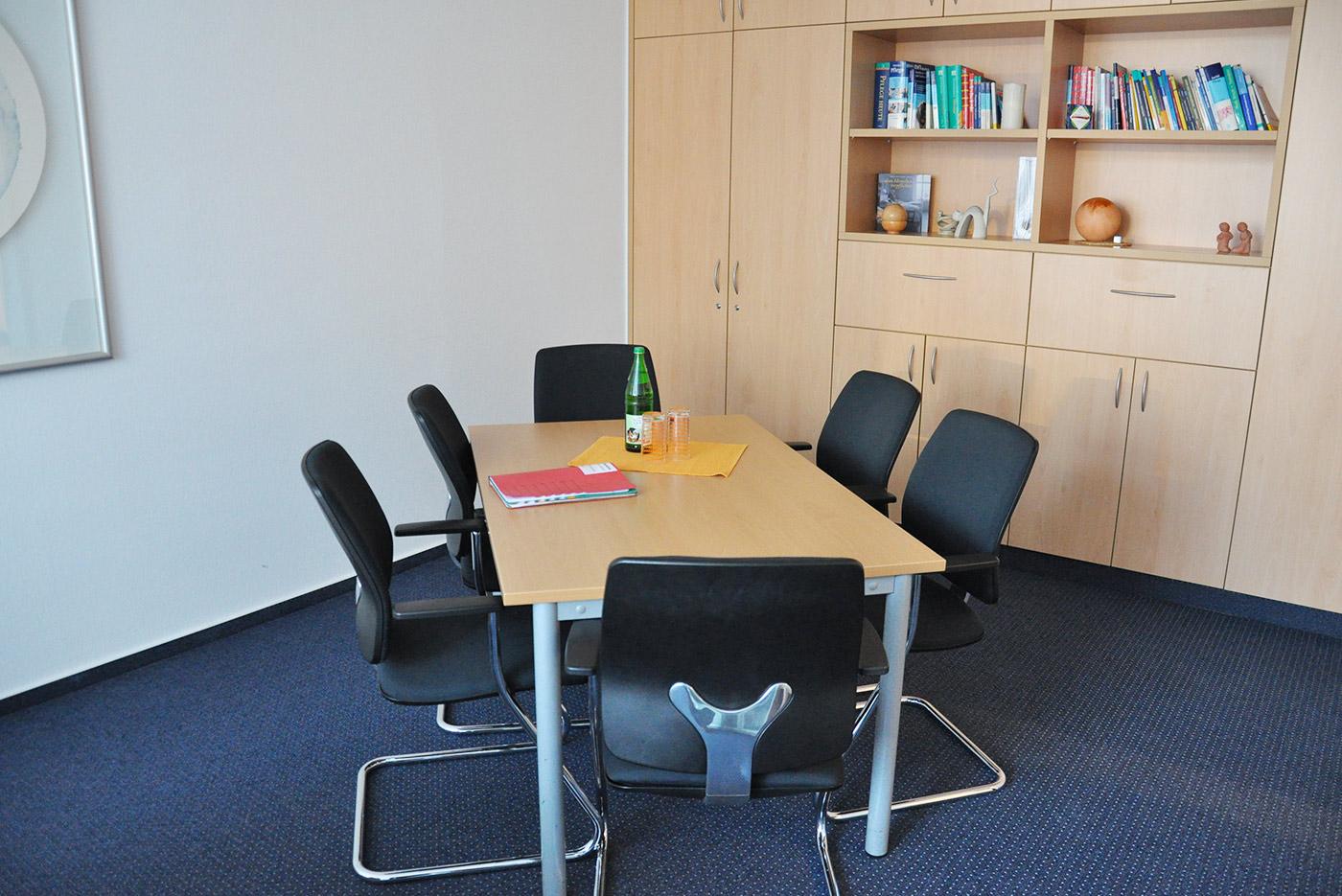 Diensträume, inkl. Personalaufenthaltsraum